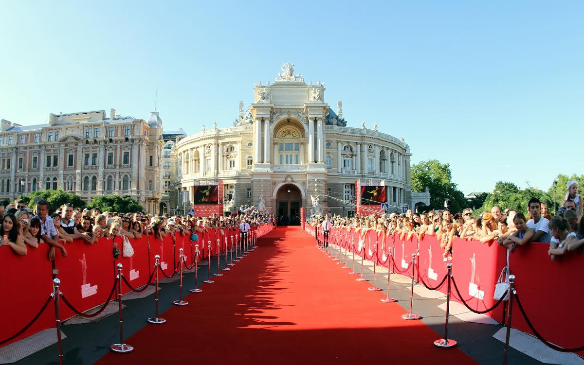 Новости: 8-й международный кинофестиваль: Одесса ждет гостей!