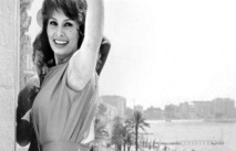 Первая женщина в Жюри, рынок и «Неделя критики»