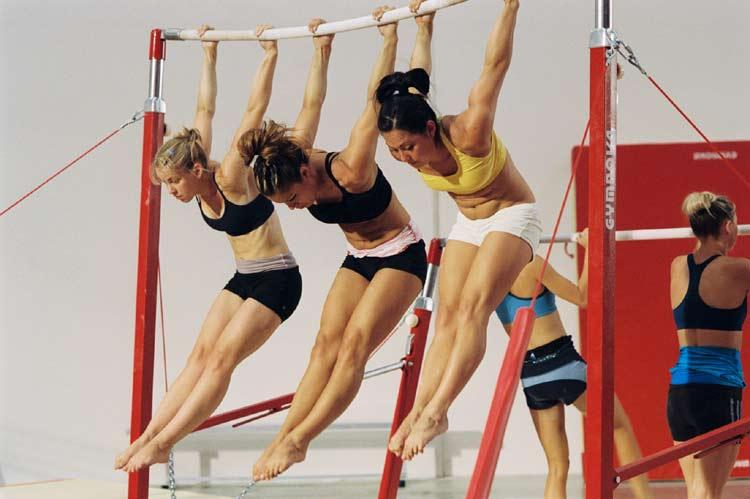 Смотрел на девочек гимнасток 4 фотография