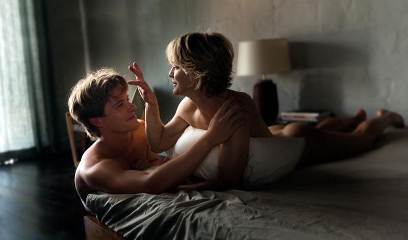 Фото из фильма Запрещенная страсть.