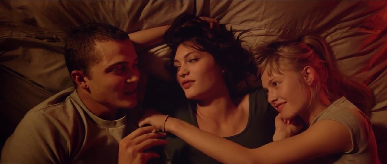 CultMoviez - Love (2015) Del director Gaspar No