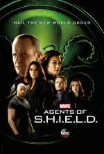 Постери: Хлоя Беннет у фільмі: «Агенти «Щ.И.Т.»»