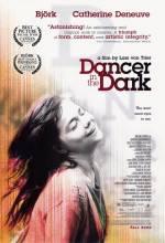 Фільм Та, що танцює у темряві - Постери