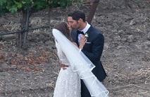 Том Эллис женился