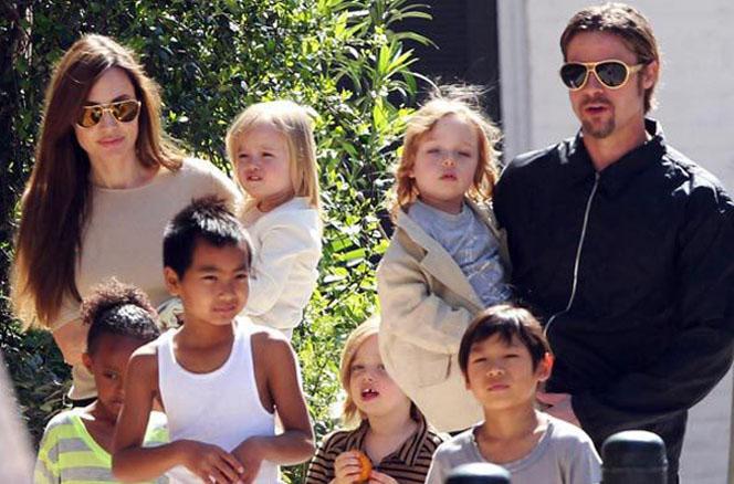 Новости: Дети Джоли и Питта учат русский язык
