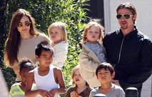 Джоли запретила Питту поздравить дочь с Днем рождения