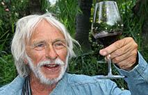 Плітки: П'єр Рішар у Києві дегустував вино