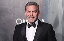 Клуни решил засудить журналистов за фото детей