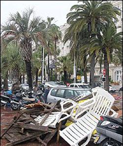 Новости: Канны штормило