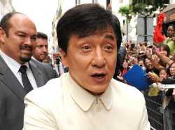 Новости: Джеки Чан жив