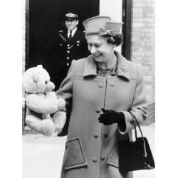 Новости: Королева Елизавета II отужинала с Хэнксом и Обамой