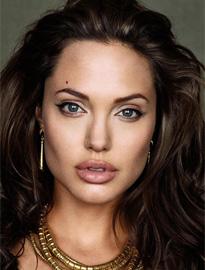 Новости: Анджелина Джоли обещает раскрыться с новой стороны