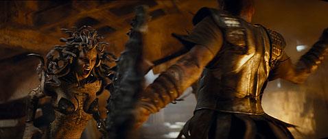 """Warner Bros. выпустит и третью часть """"Битвы титанов"""""""