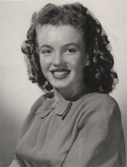 Новости: Первые фото Мэрилин Монро проданы за 352тыс. долларов