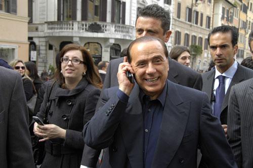 Новости: Сильвио Берлускони хочет снять фильм о самом себе