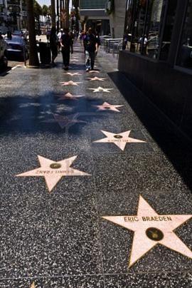 Новости: Хавьера Бардема и 23 звезды увековечат на Аллее славы