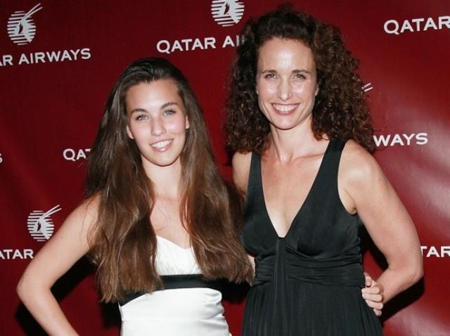 Новости: Дочь Энди МакДауэлл снова снимется с матерью