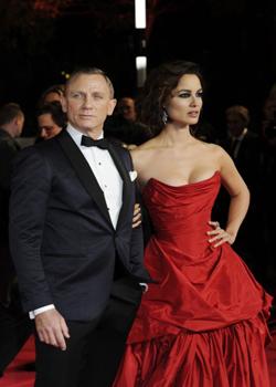 Новости: Новая часть бондианы получила королевское одобрение