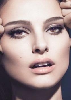 Новости: Рекламный ролик с Портман запретили в Великобритании