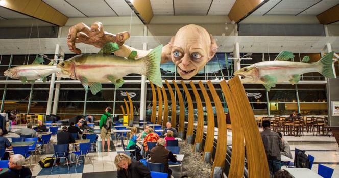 Новости: В аэропорту Новой Зеландии поселился Голлум