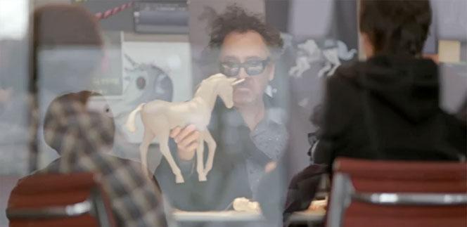 Новости: Тим Бертон снялся в рекламном ролике Samsung
