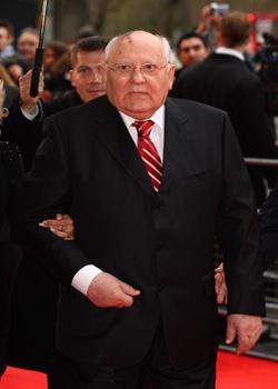 Новости: Ди Каприо и Хэнкс займутся фильмом о Горбачеве