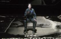 Новости: Энн Хэтэуэй спродюсирует экранизацию спектакля