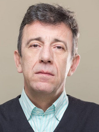 Персона - Манолис Мавроматакис