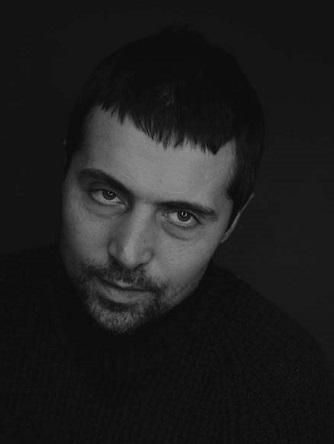 Персона - Дмитро Лінартович