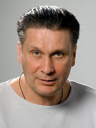 Персона - Виктор Сарайкин