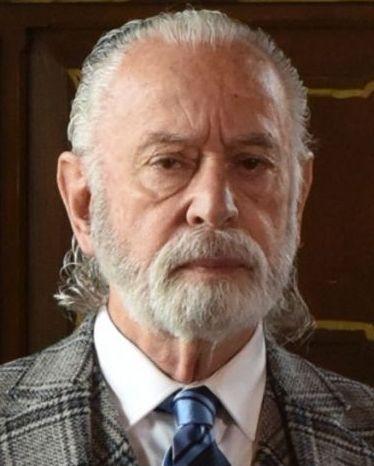 Персона - Хосе Луис Де Мадарьяга