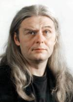 Персона - Ласло Меліш