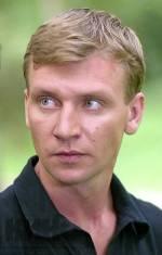Персона - Сергей Деревянко