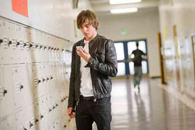 Zac efron 17 again leather jacket.